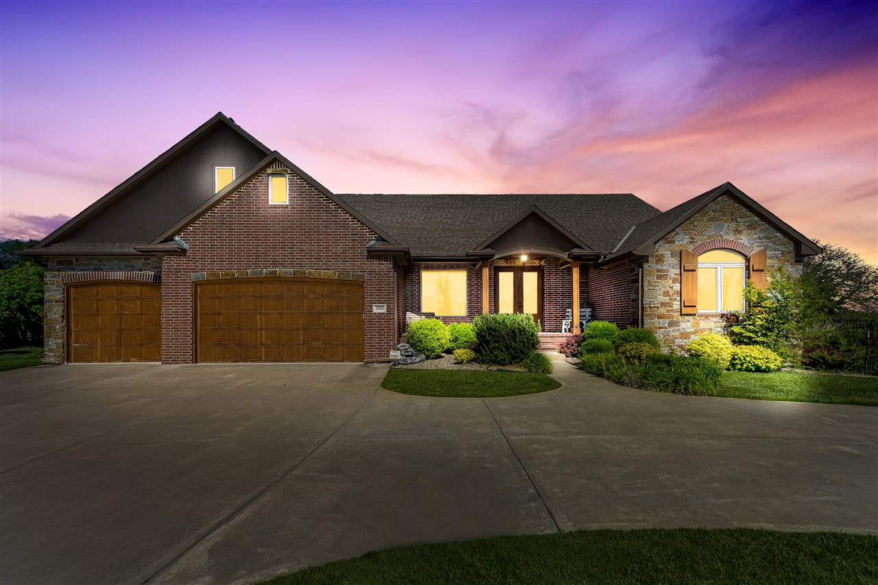 Custom Traditional 5 bedroom in Great Location with lots of room & privacy. Open Kitchen - granite,