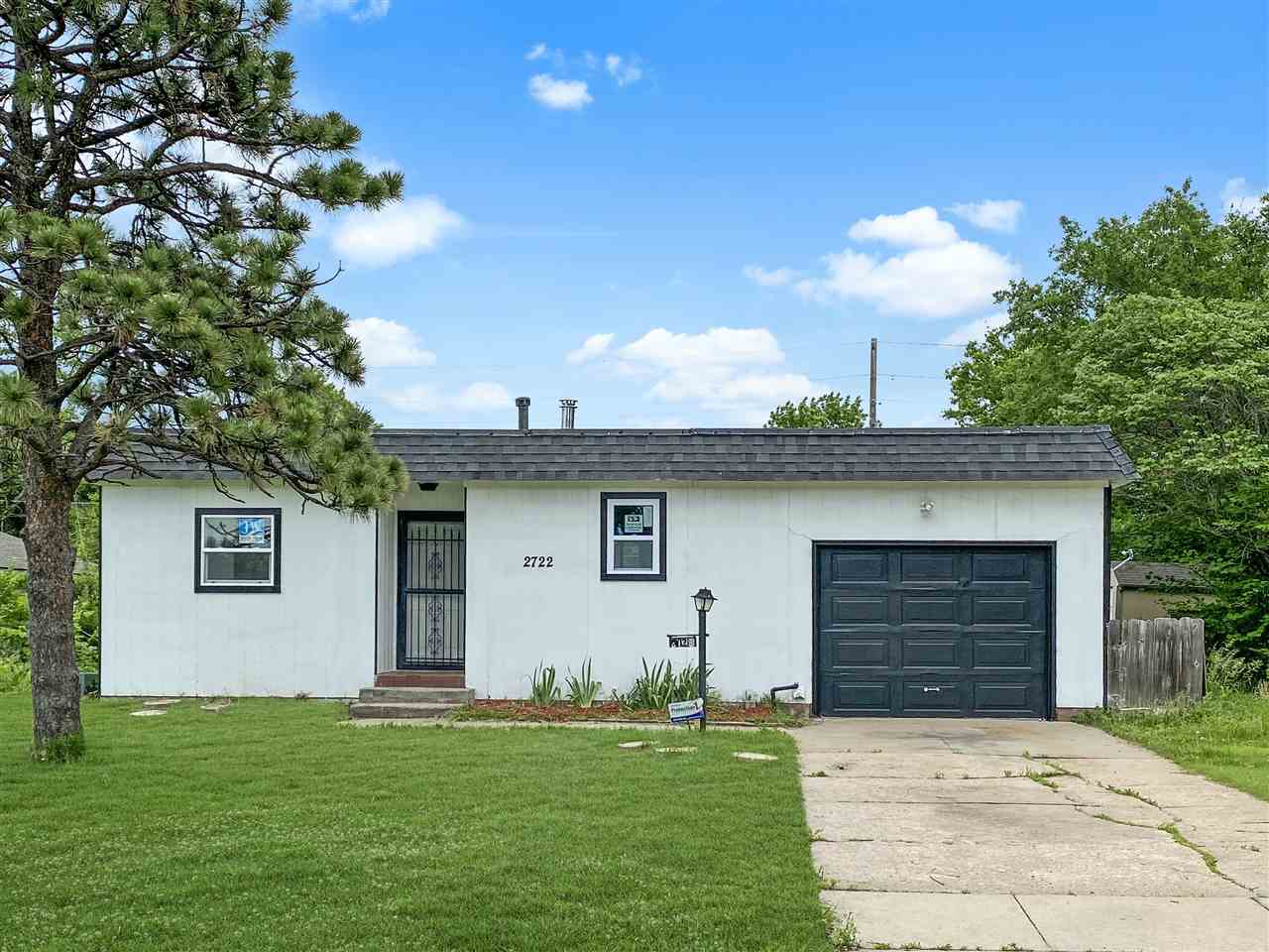 Over 1500 square feet of living space in this 3 bedroom 1.5 bath home with finished basement. This h