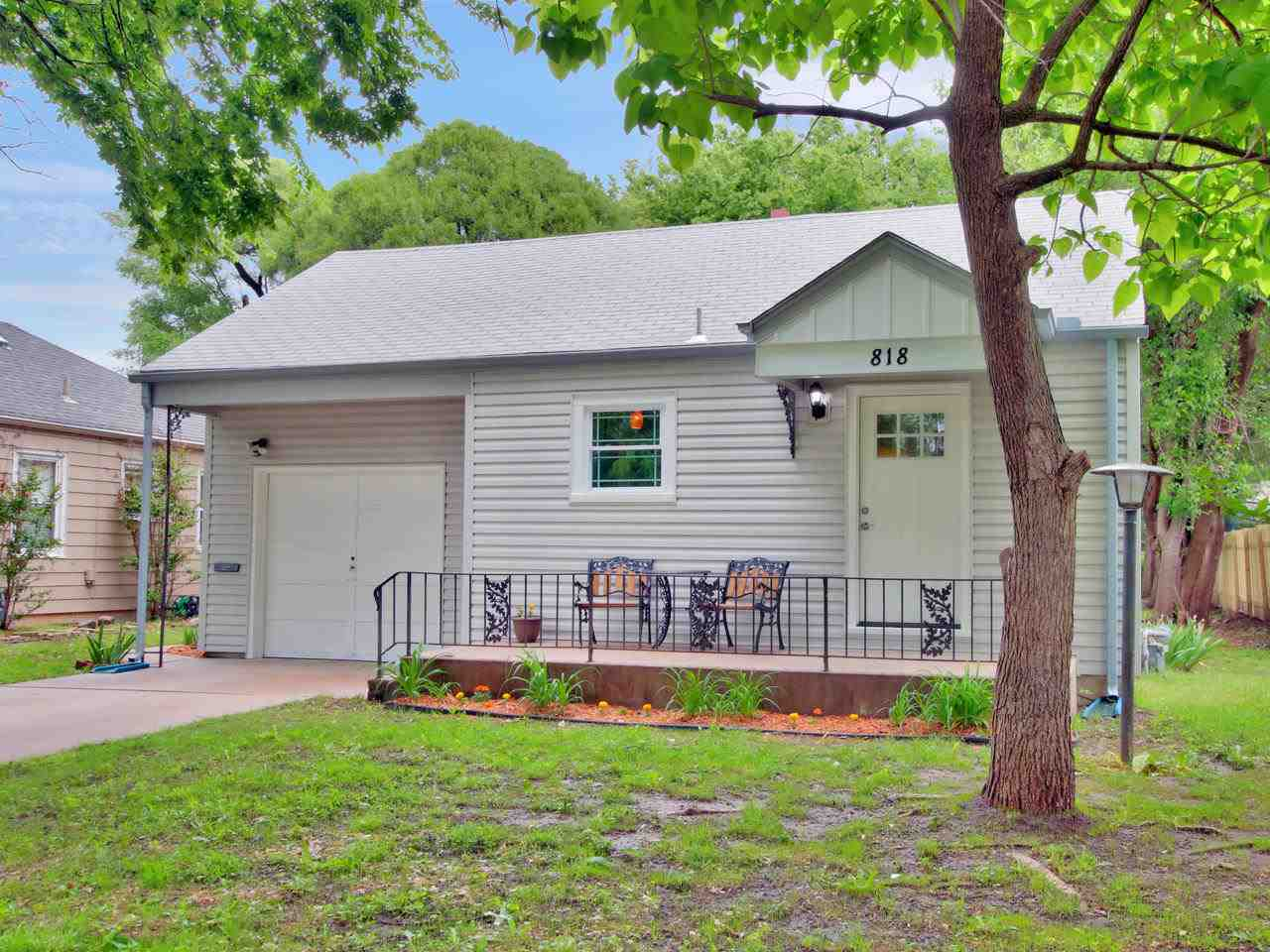 Welcome Home!  Want to live close to the heart of the city, in a peaceful 1940's neighborhood and a