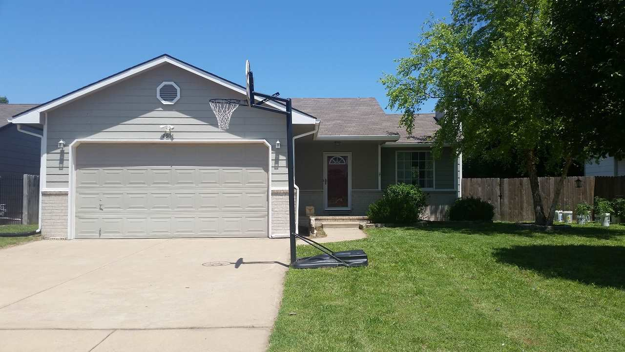 Nice Home with 3 total Bedrooms and 3 Baths. This home is situated on a large lot.  Vaulted Ceiling.