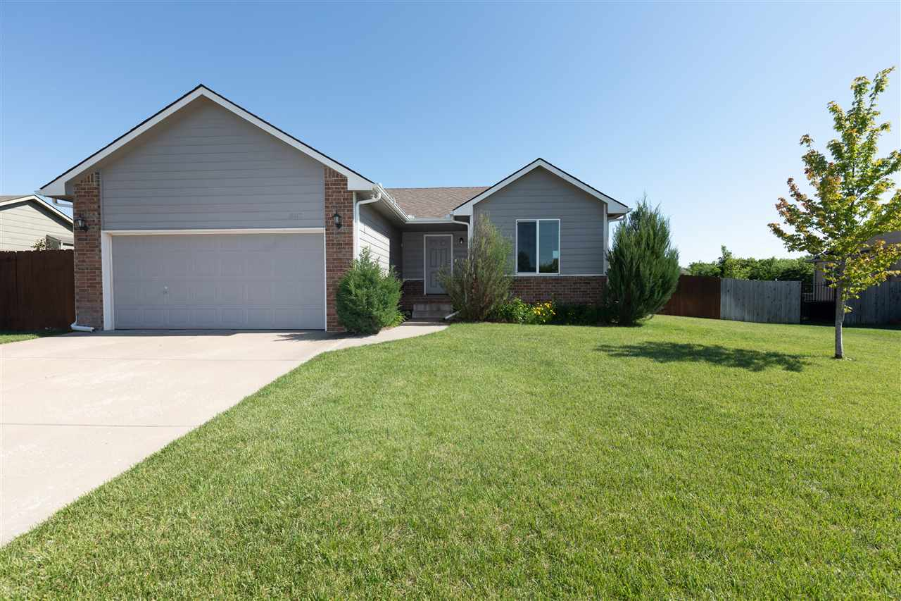 807 E Winding Lane St, Derby, KS, 67037