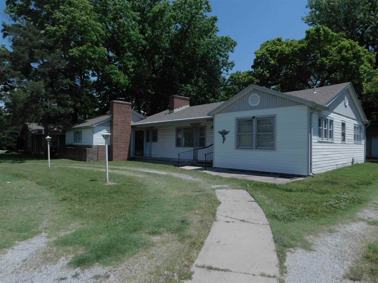 Great Opportunity for 1900 sqft on main floor, basement and large lot at $1000s below tax appraisal!