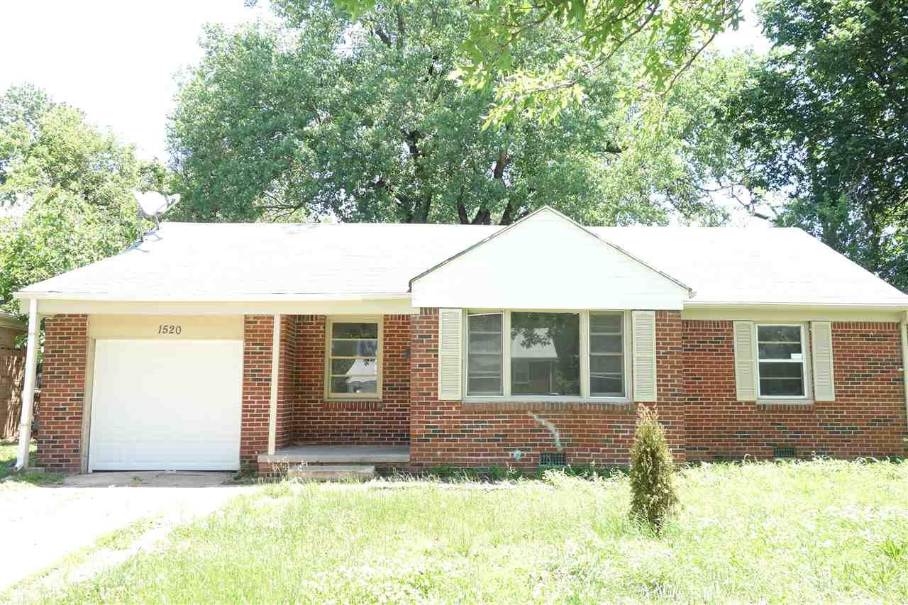 Single family FULL BRICK home located in NE of Wichita. 3 bed, 1 bath, 1 Car garage OVER 1060 sq.ft,