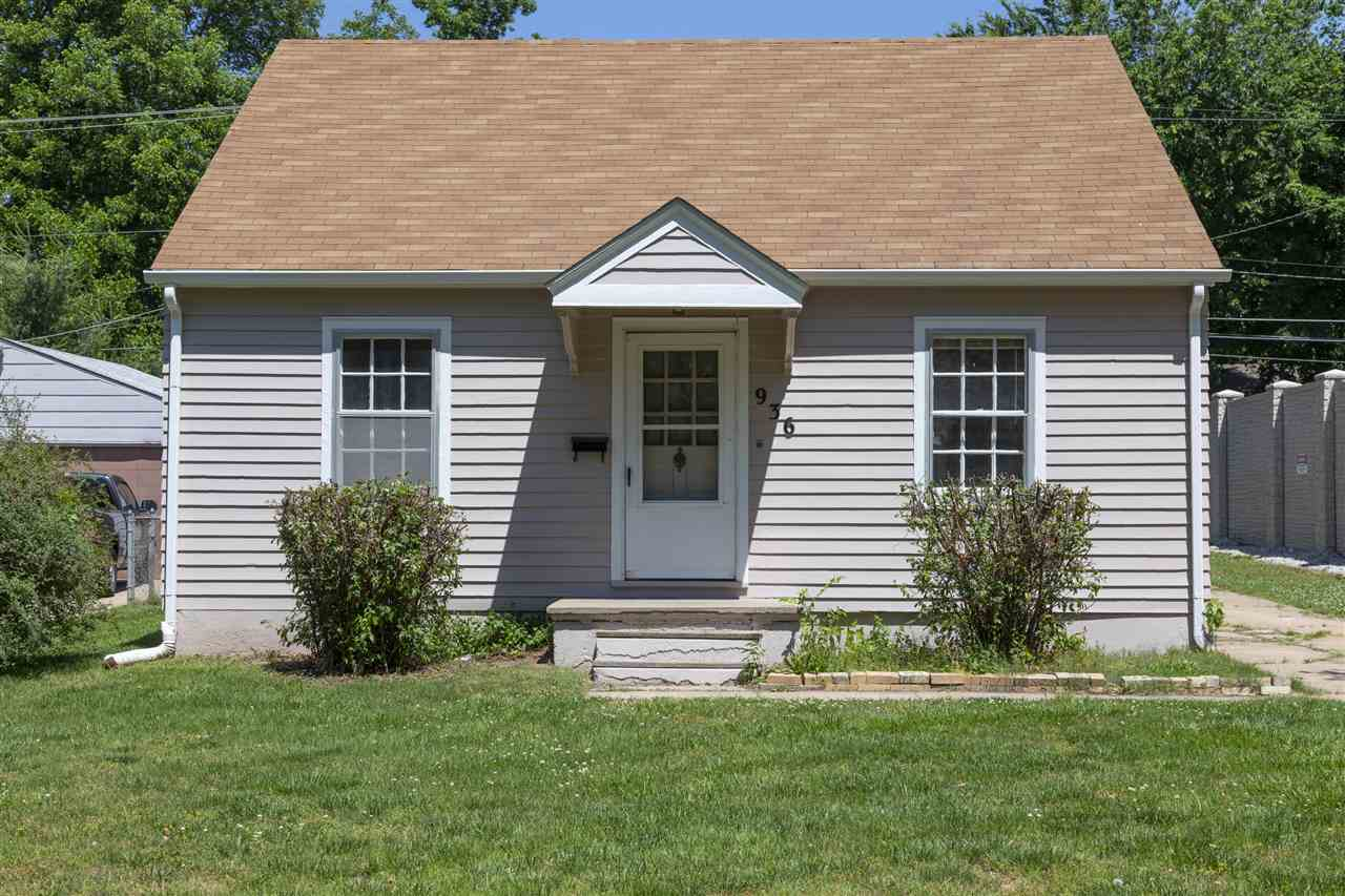 Welcome to this charming, cozy home in a quiet neighborhood close to Kellogg! This two bed, one bath