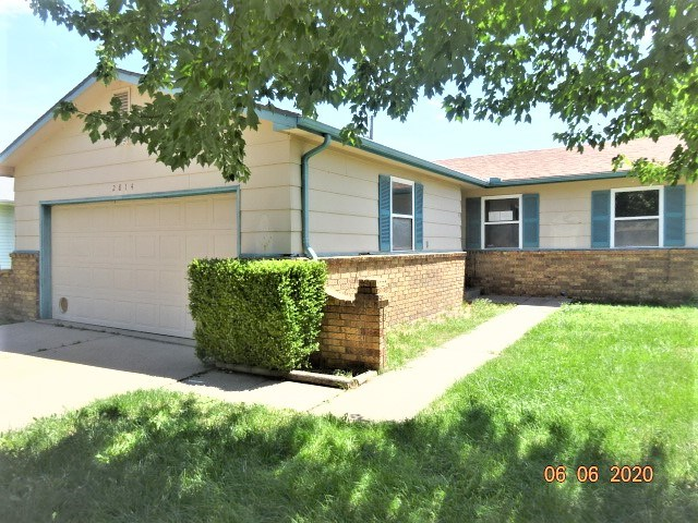 HomeSteps, A Unit of Freddie Mac offers this cozy 1979 - SW Wichita  952 SF ranch having 3 bedrooms