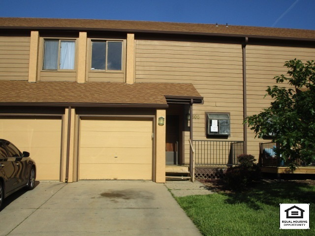 For Sale: 2405 S Capri Ln Apt 605, Wichita KS