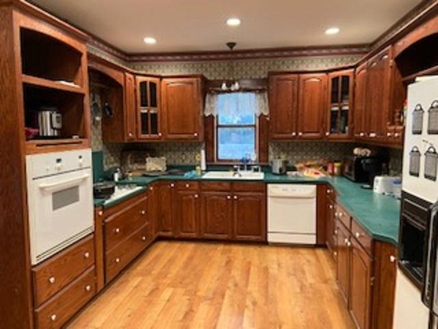 For Sale: 213 S Main, Hesston KS