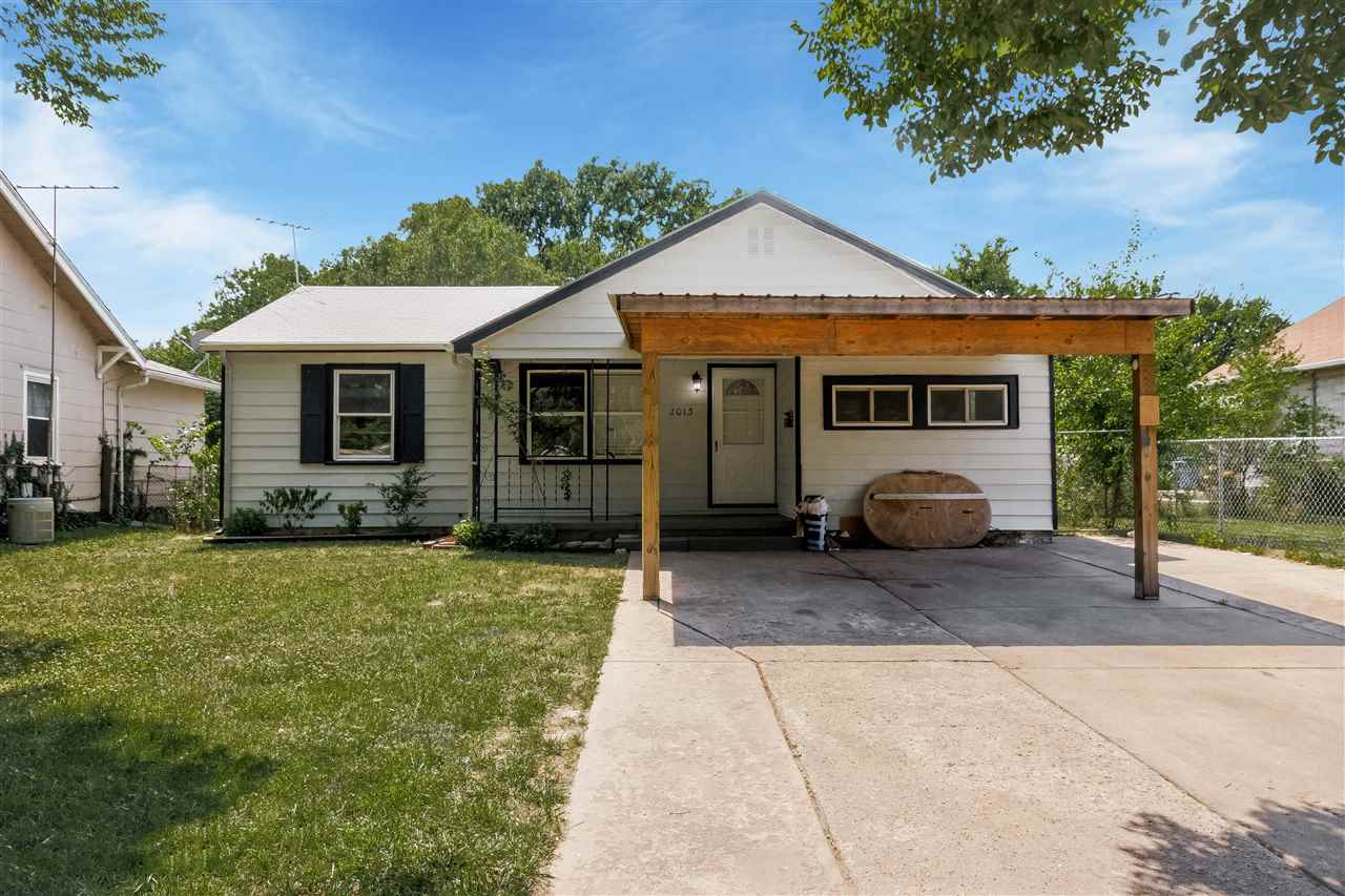 Well maintained 3 bed 1 bath home located in a quiet South Wichita neighborhood. This home features
