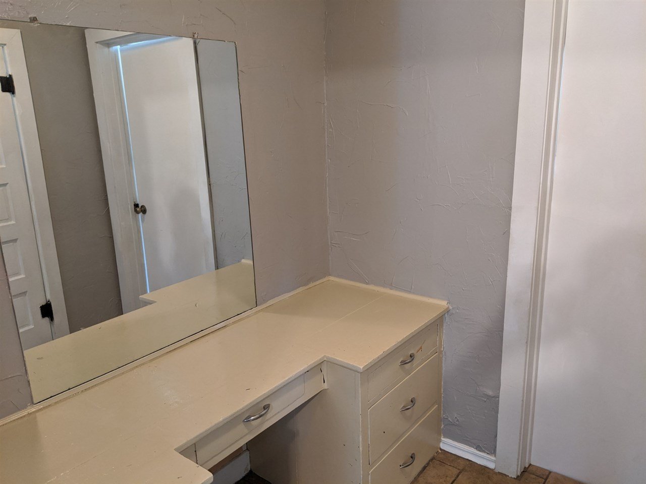 For Sale: 904 N Olive, Peabody KS