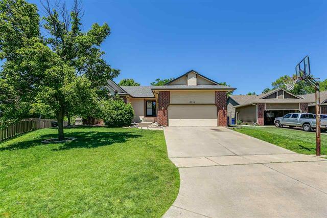 For Sale: 6114 E Brookview Ct, Wichita KS