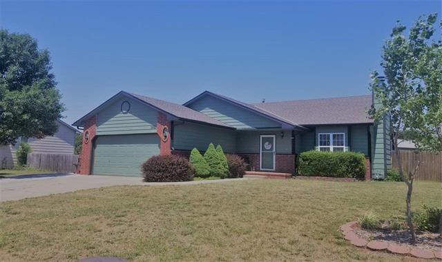 For Sale: 1682 N Prairie Run Cir, Mulvane KS