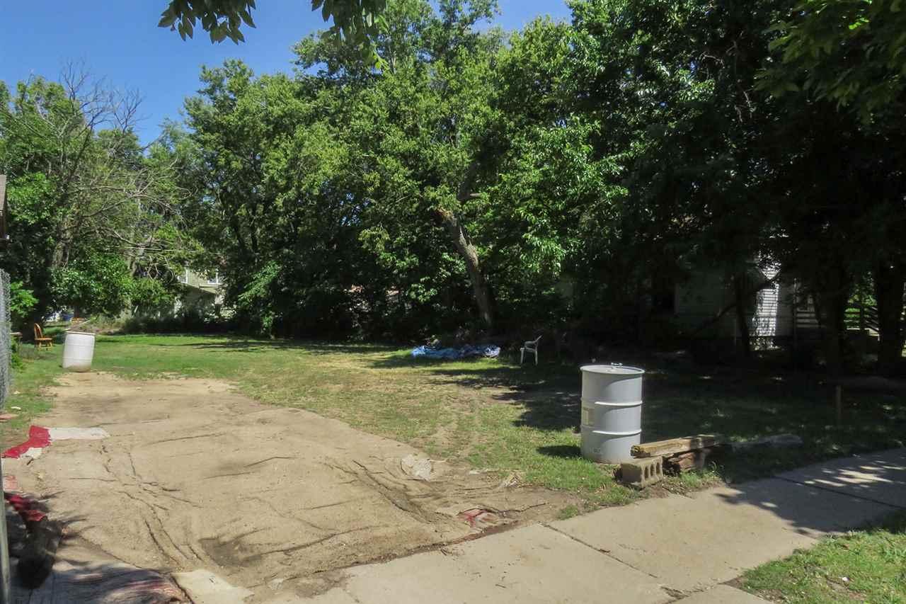 For Sale: 1546 N Grove Ave, Wichita KS