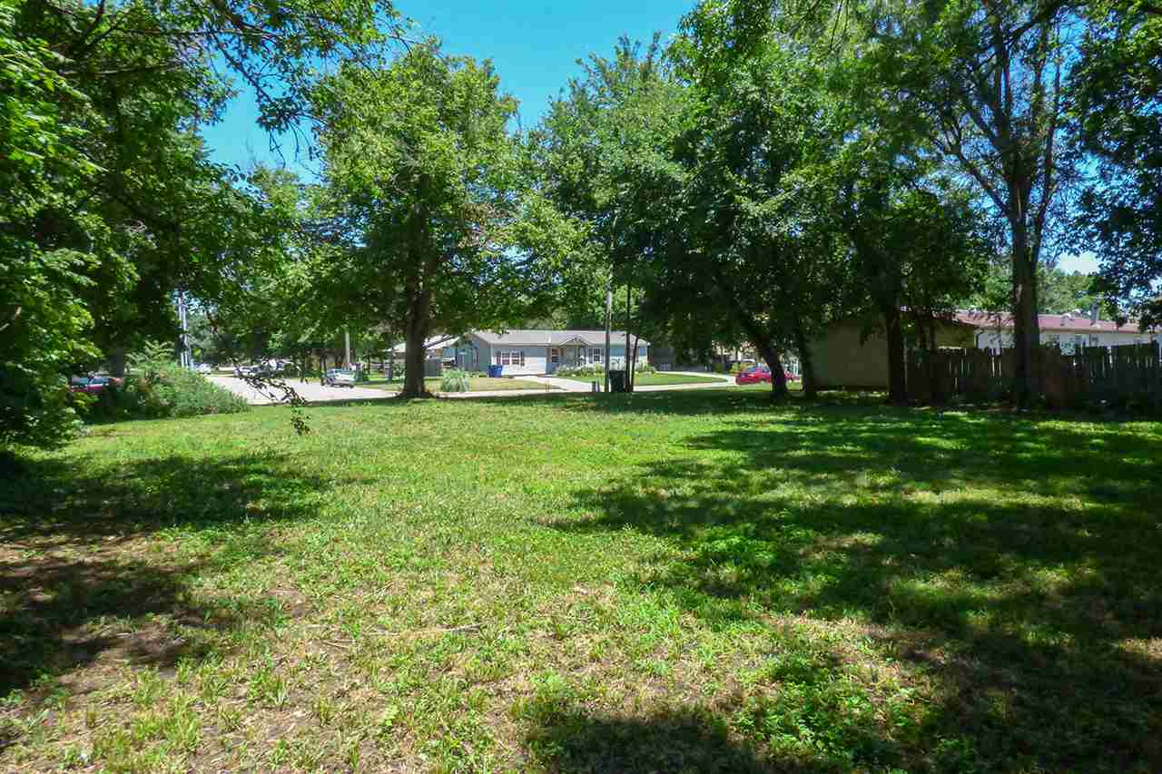 For Sale: 319 E AVENUE D, Mount Hope KS