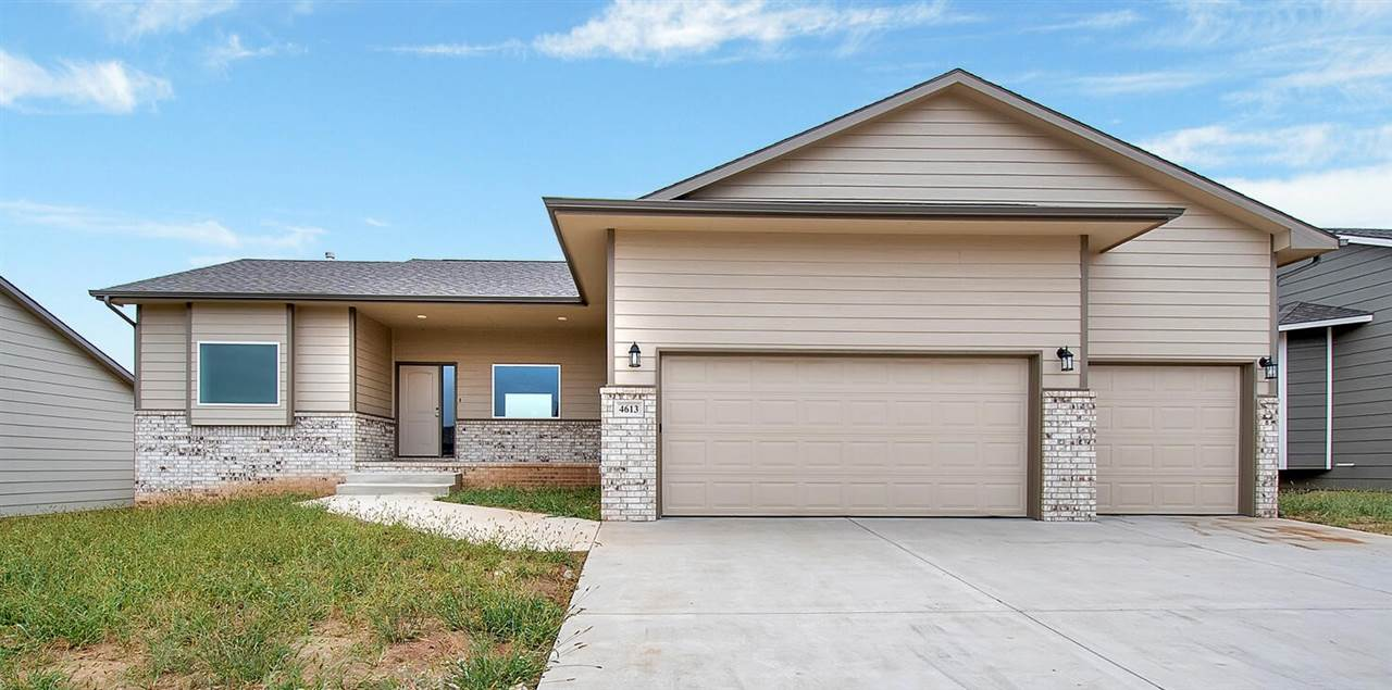 Open floor plan with mid level walk out. Quartz counter tops in kitchen and master bath. LVP in front room, kitchen, dining, laundry and hallway. Lots of upgrades. Low Special Assessments.