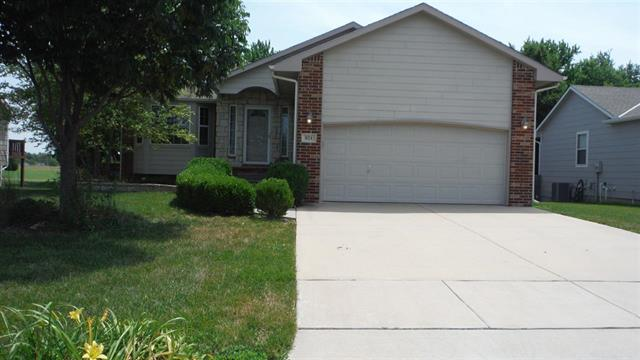For Sale: 821  Hedgewood St, Andover KS