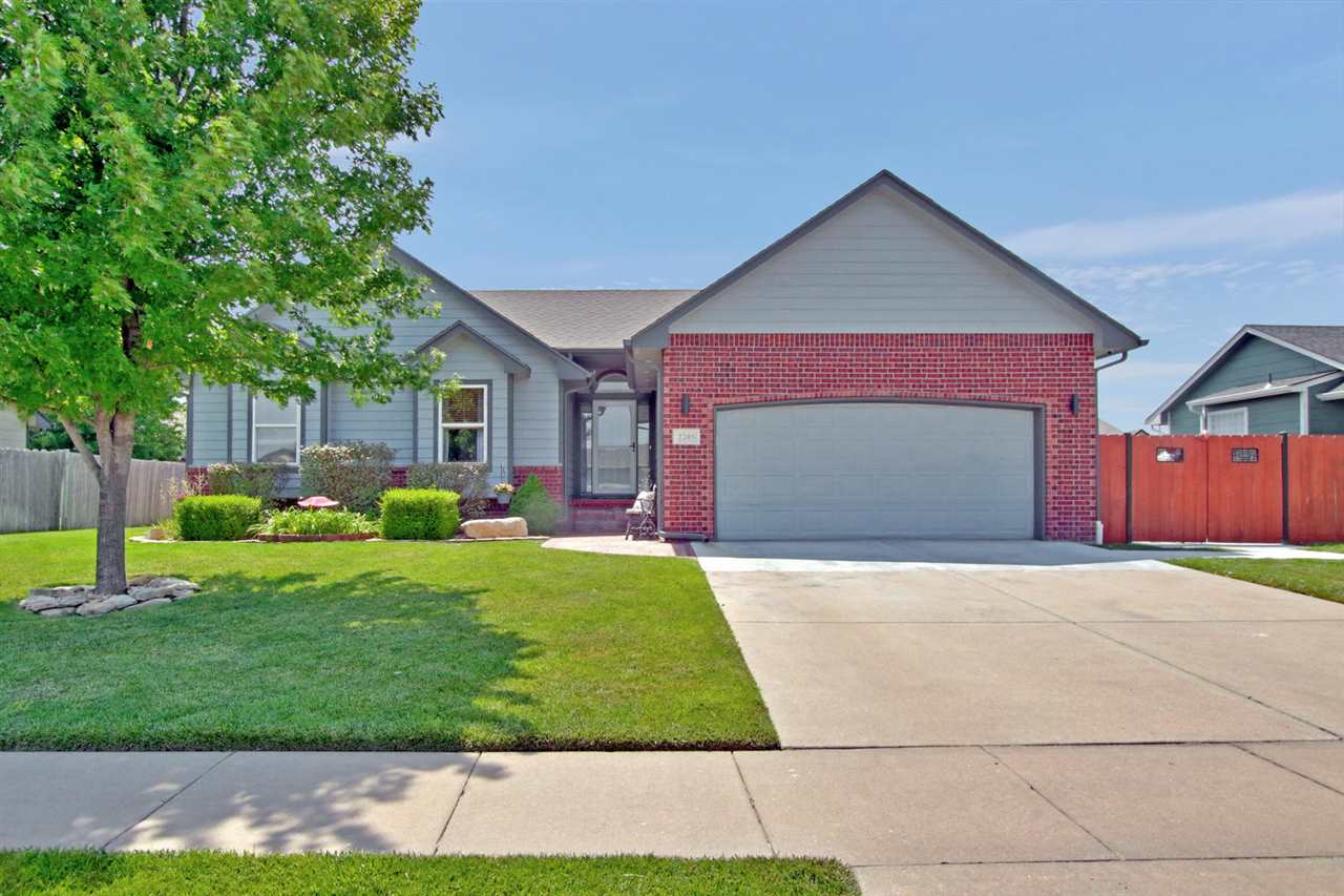 Tons of updates in and out! Move right in to this wonderful West Wichita home with Goddard Schools!