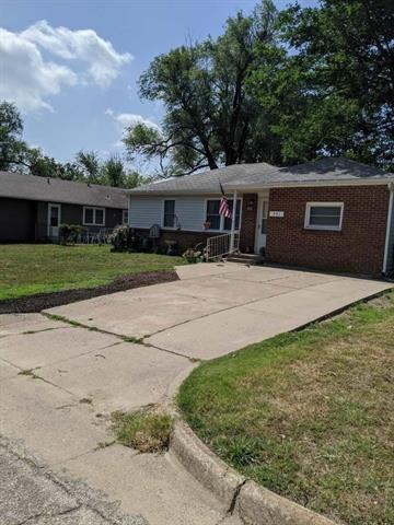 For Sale: 241  Stanley, Arkansas City KS