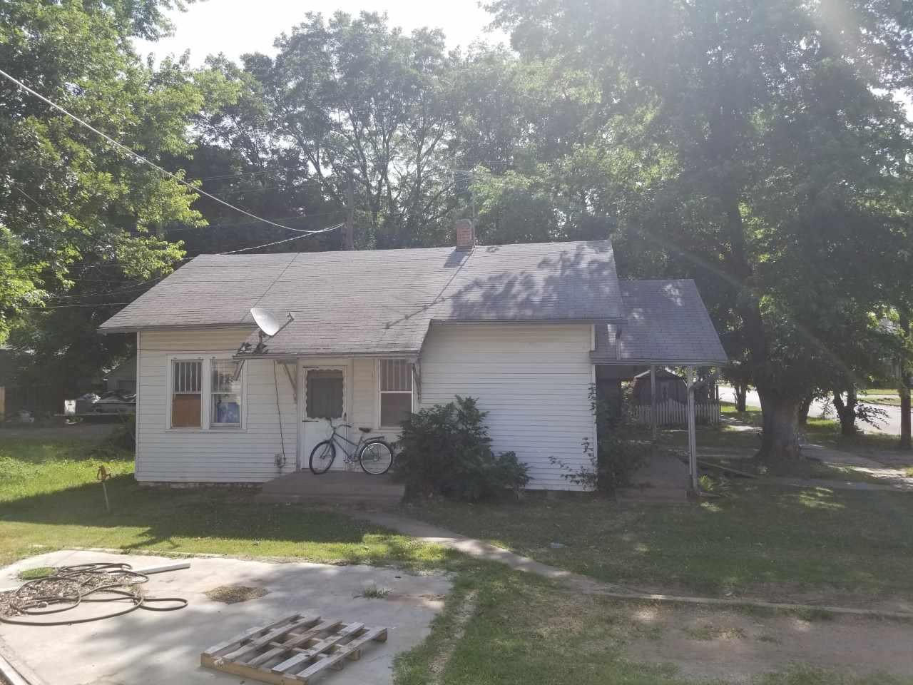 For Sale: 1320  MENOR ST, Winfield KS