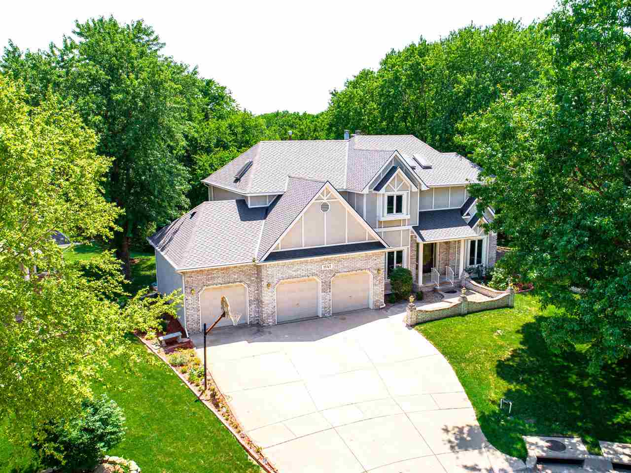 WOW! You will not want to miss this amazing house with a private lot in the sought after Deer Trail