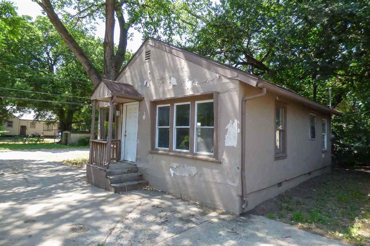 For Sale: 623 S HYDRAULIC AVE, Wichita KS