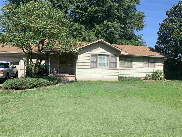 For Sale: 612 N Kansas, Anthony KS