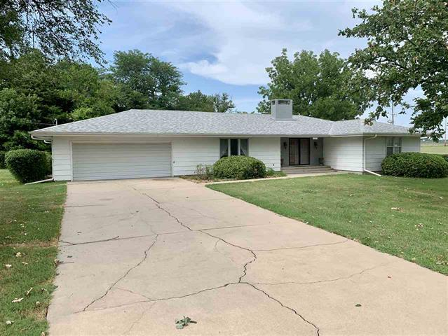 For Sale: 1020 E 1st St, Eureka KS