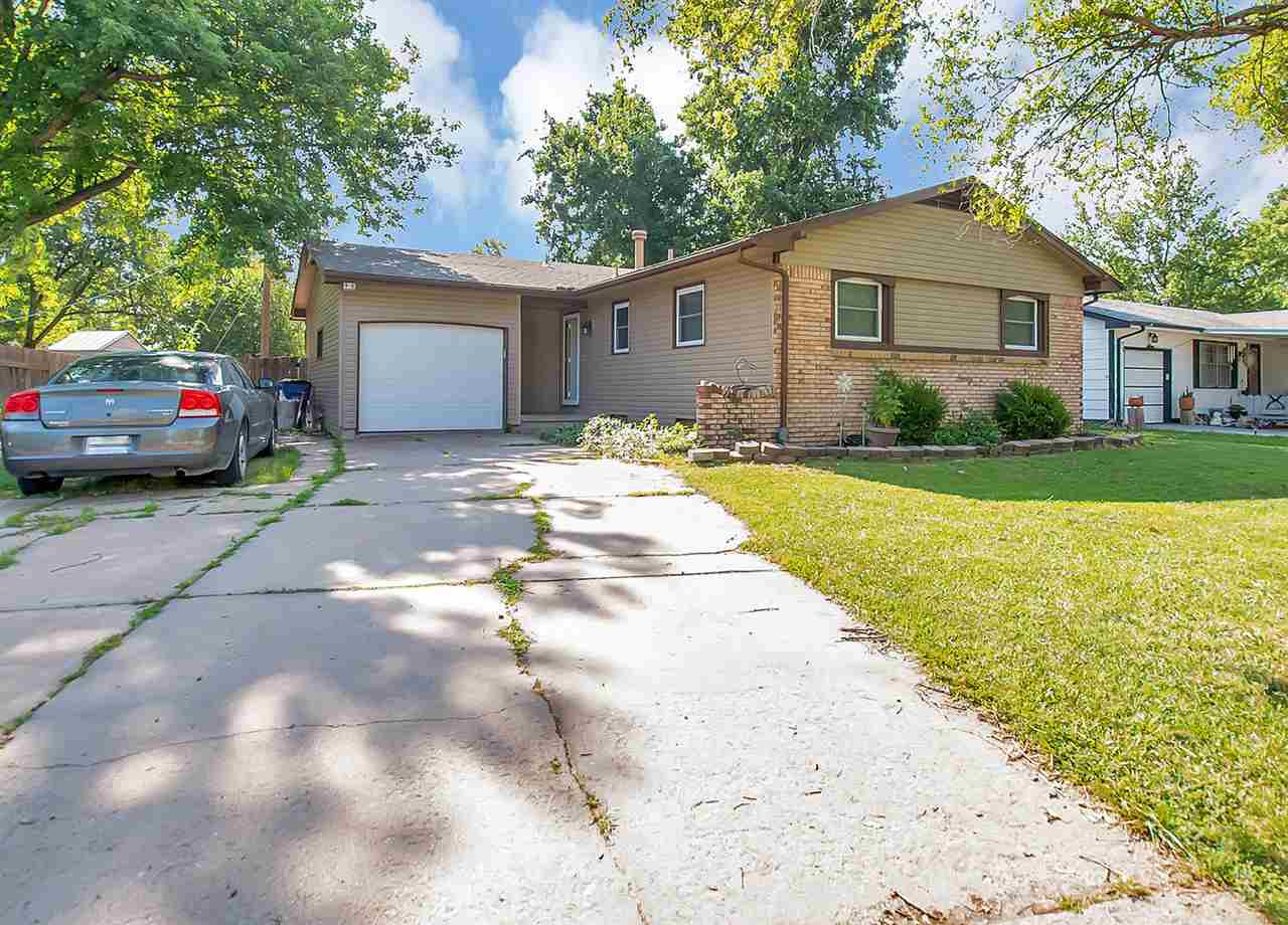 Welcome home to this beautiful and well maintained 3 bed, 1.5 bath home in west Wichita! This home o