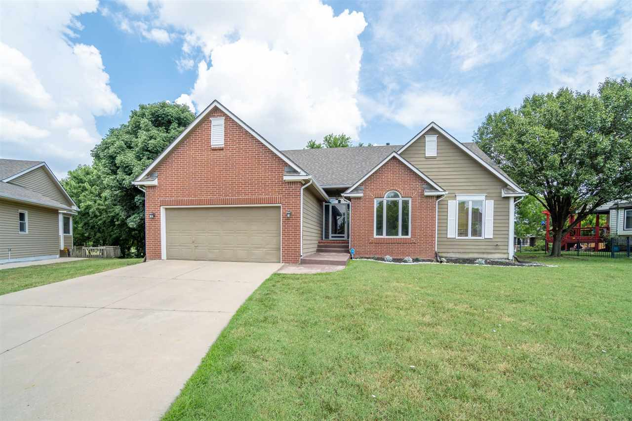 VIDEO IN VIRTUAL TOUR FOR MORE EASY VIEWING!!!! CHECK OUT THIS STUNNING HOME THAT HAS BEEN COMPLETEL