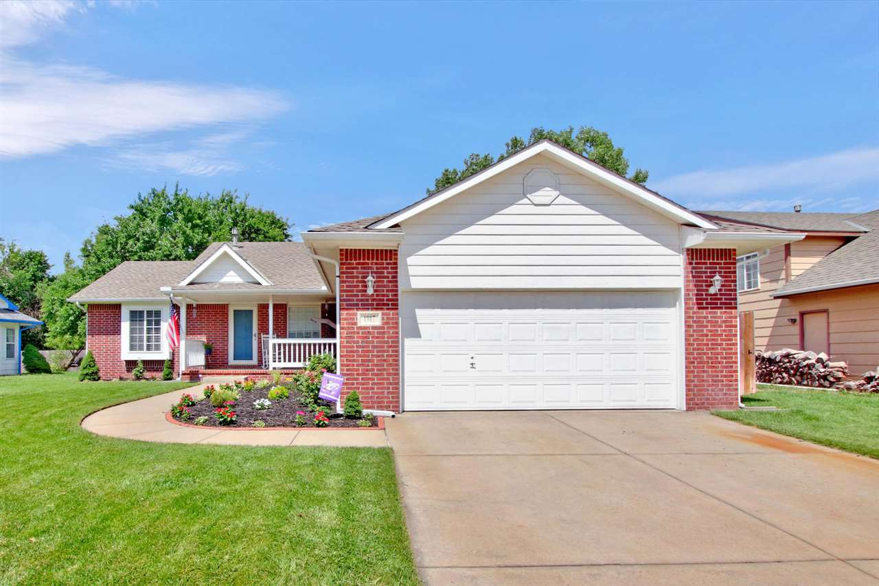 Welcome Home! This FIVE BEDROOM, 3 bathroom home is ready for you!! As you drive up to the home you