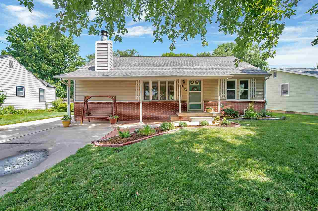 You will love the curb appeal of this charming West Wichita home! As you enter, you'll notice the ha