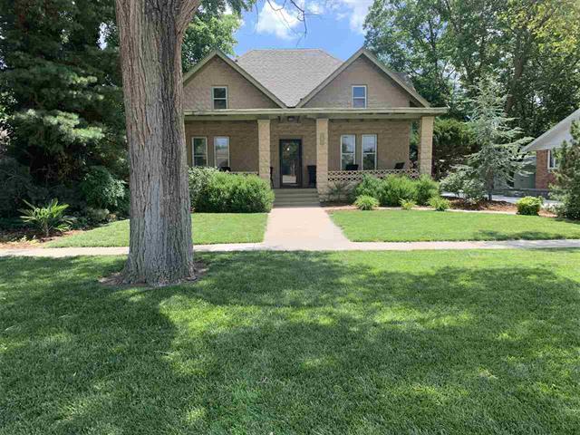 For Sale: 320 S Main St, Hesston KS