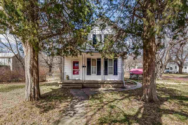 For Sale: 820 E 8th St, Newton KS
