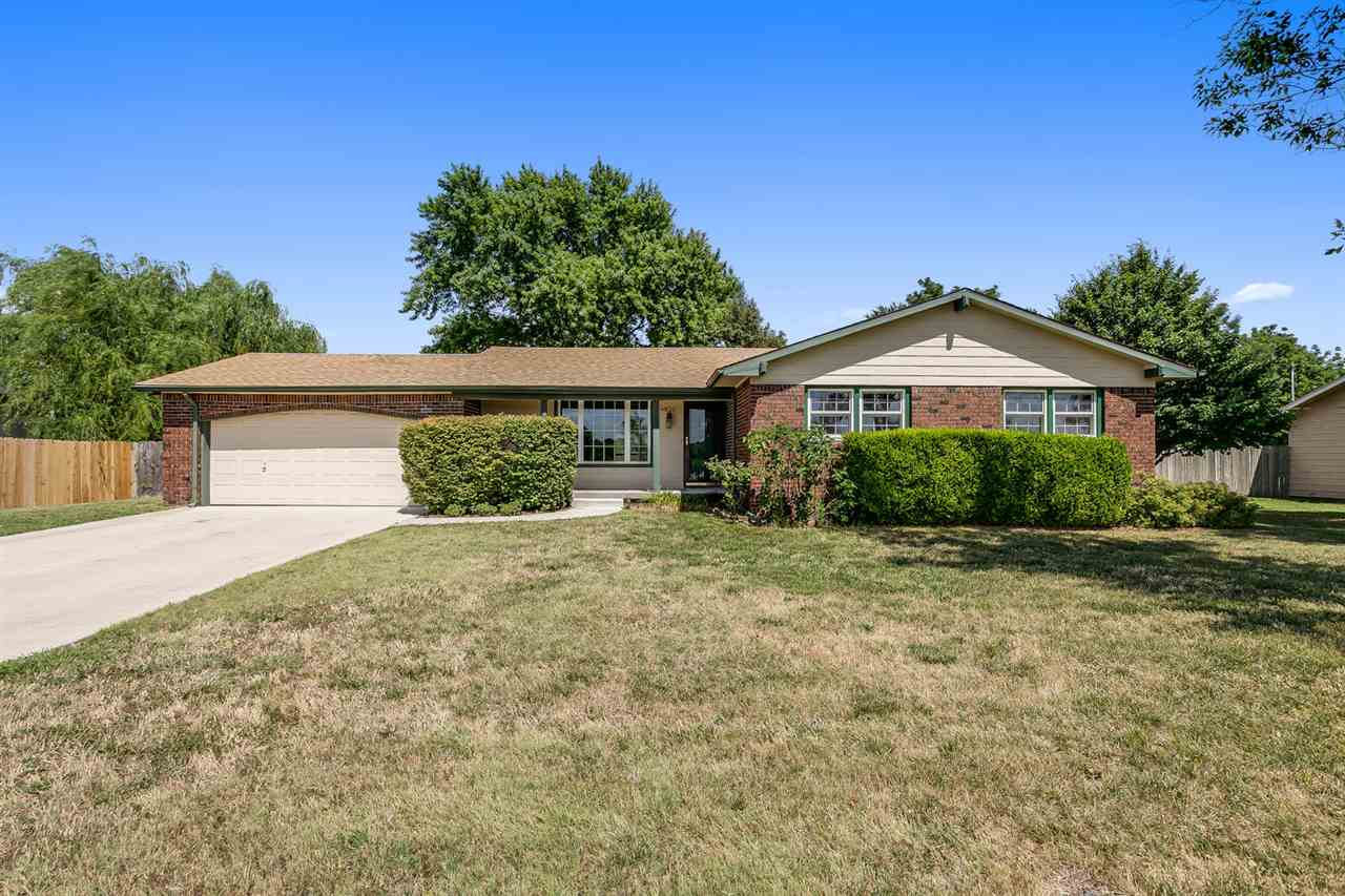WELL MAINTAINED FULL BRICK BEL AIRE RANCH ON .35 ACRES! RECENT UPDATES INCLUDE NEWER WINDOWS AND HVA