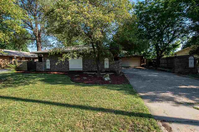 For Sale: 8401 E Lincoln St, Wichita KS