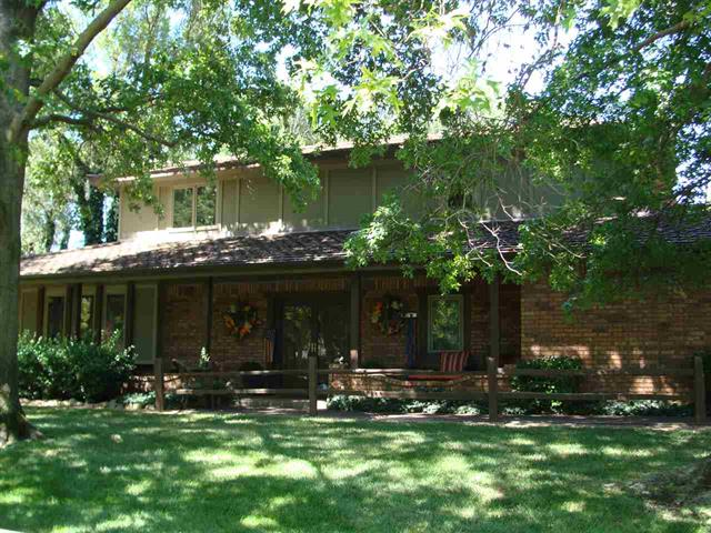For Sale: 743  Surrey Lane, Maize KS