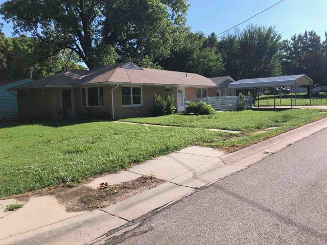 For Sale: 404 N COLLEGE ST, Winfield KS
