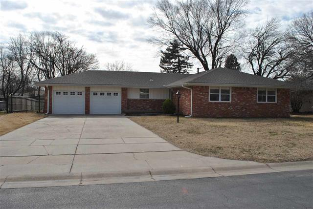 For Sale: 528 N Angle Ln, Andover KS