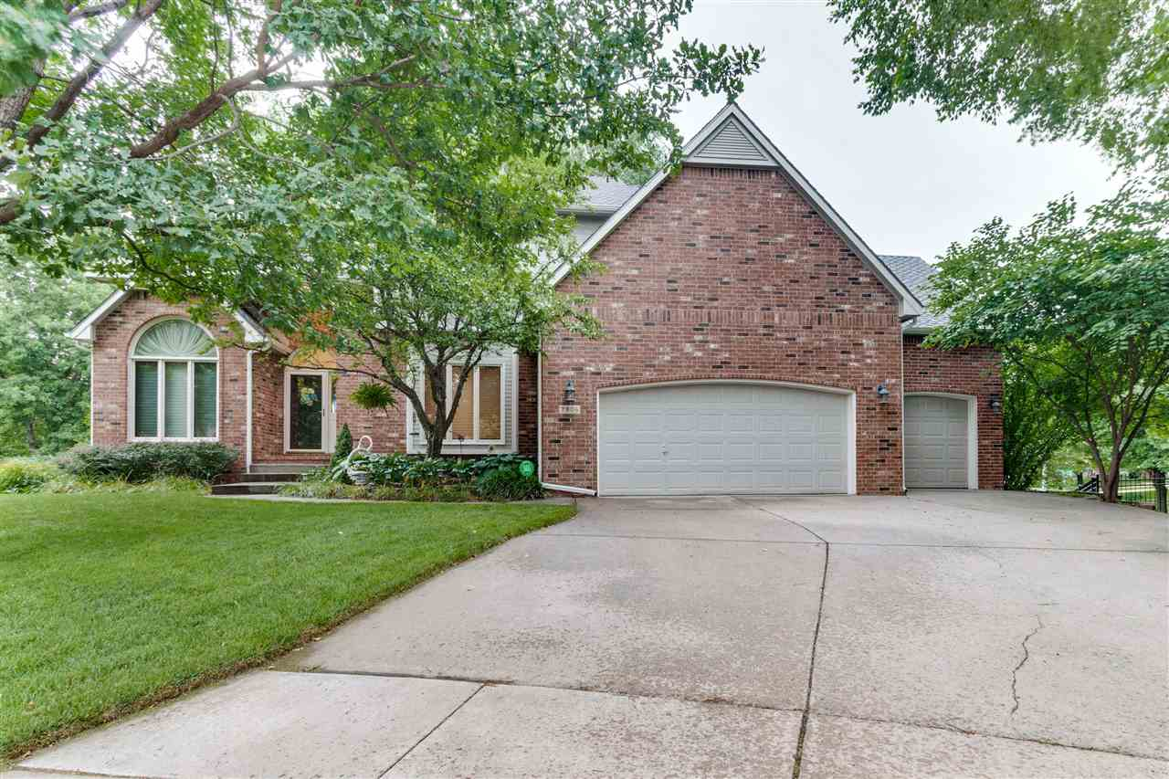 Come see this beautiful well cared for home in Reflection Ridge. This 5 bedroom. 3.5 bath is situate