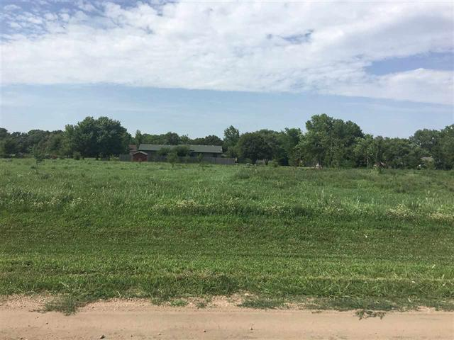 For Sale: 000 W 10th, Halstead KS