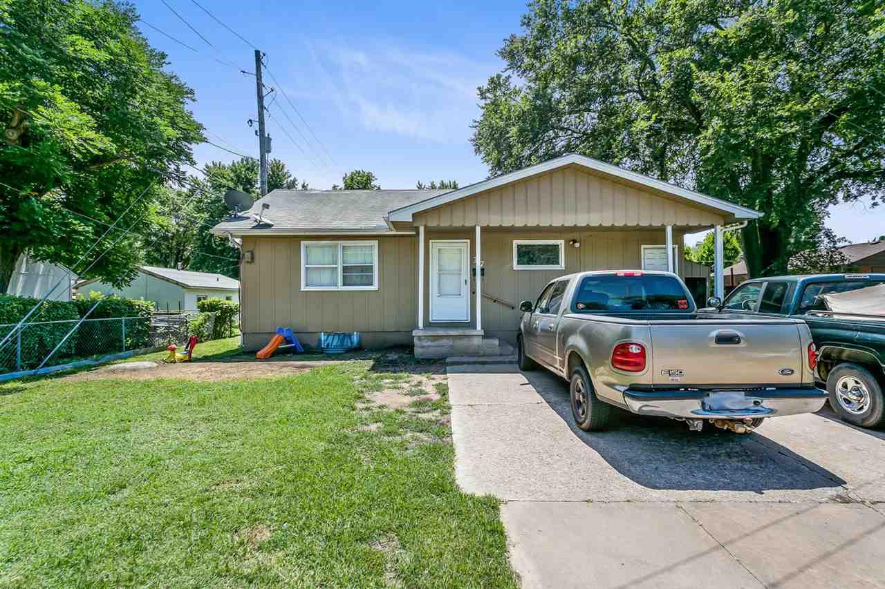 For Sale: 317 W Kinkaid St, Wichita KS