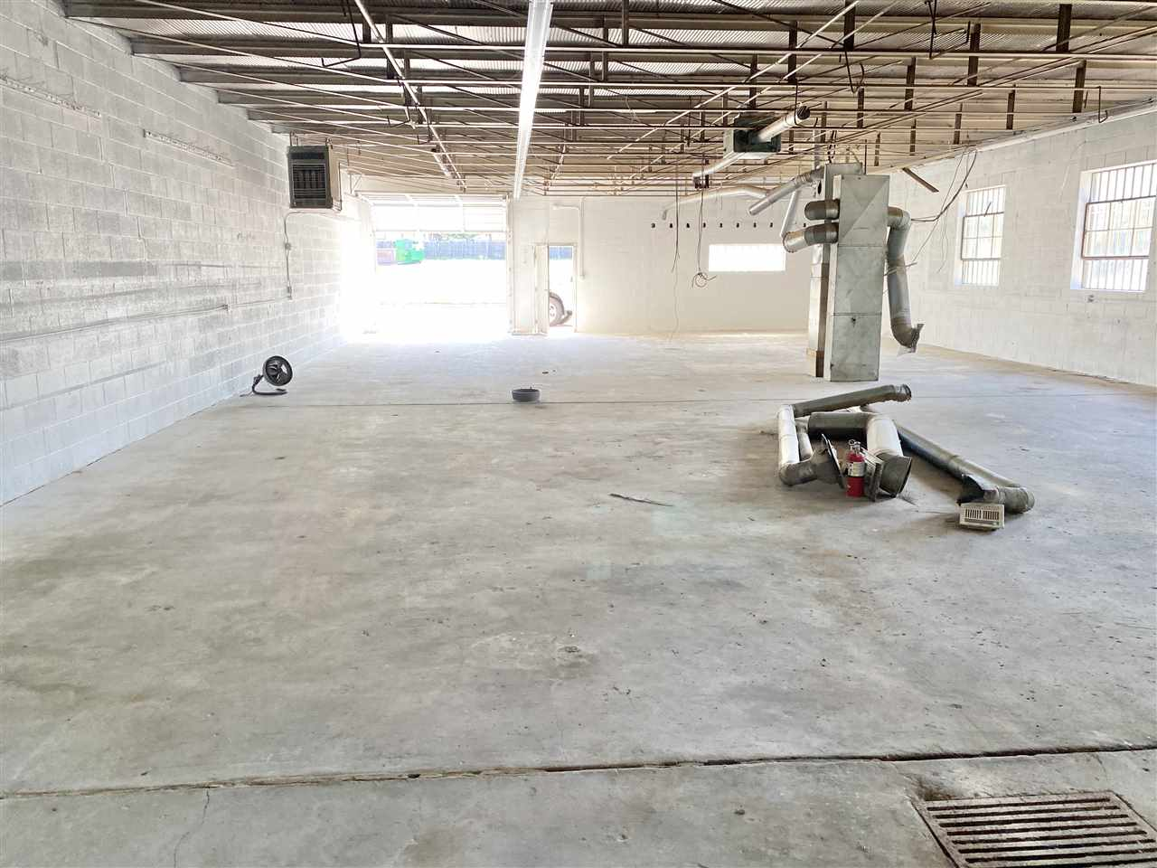For Sale: 1621 S Clifton Ave, Wichita KS