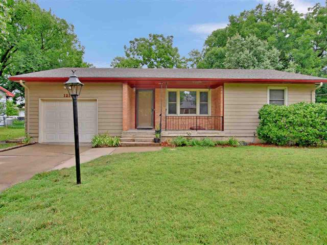 For Sale: 1216  BERRY AVE, Newton KS