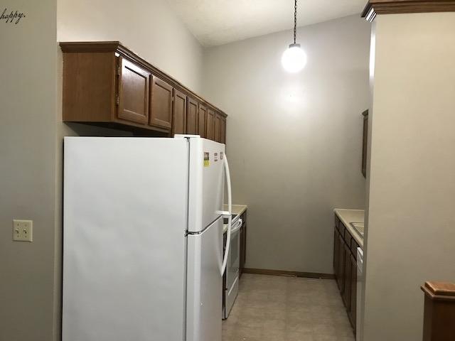For Sale: 1404 W 2nd St, Haysville KS