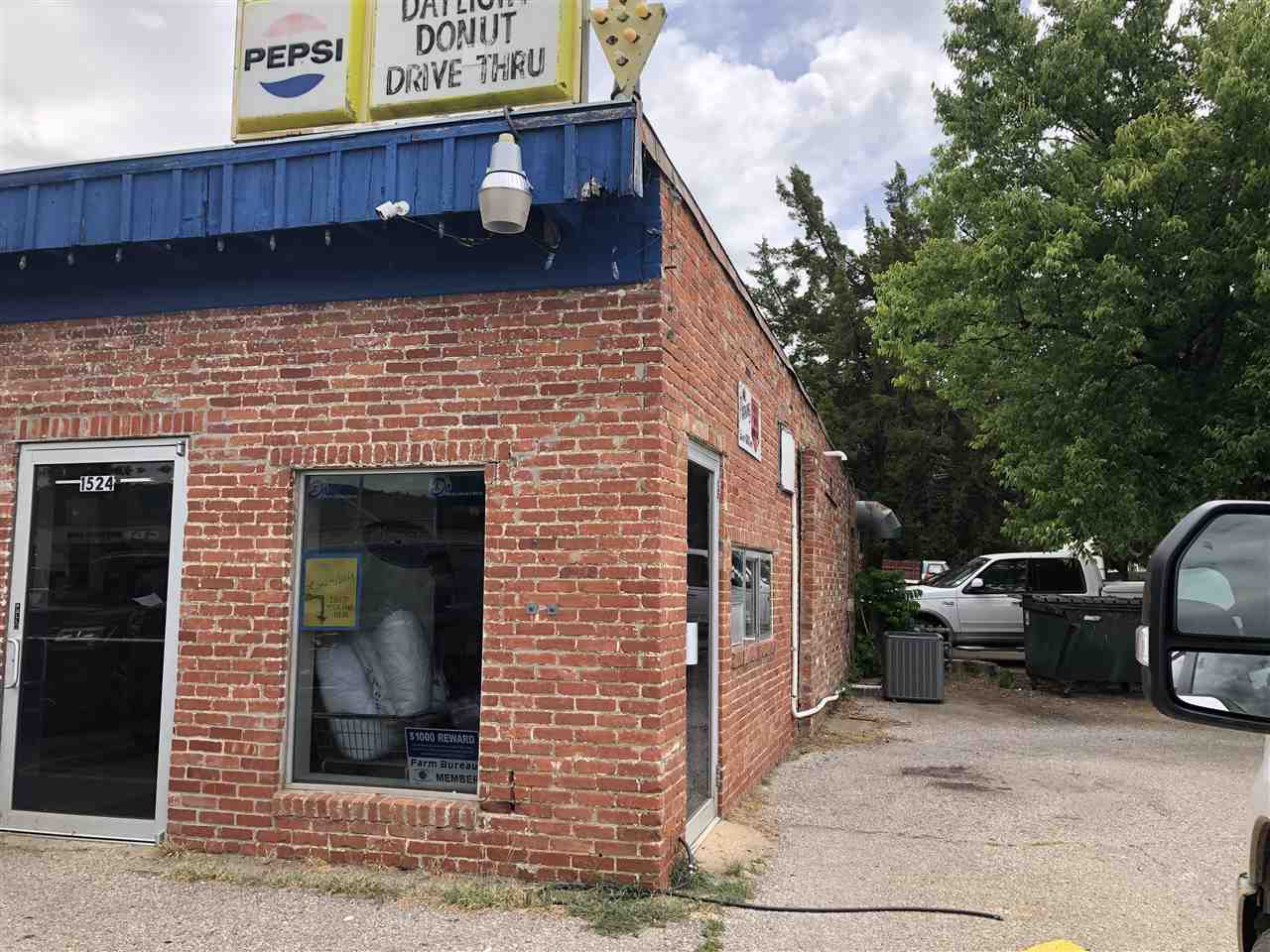 For Sale: 1524  MAIN ST, Winfield KS