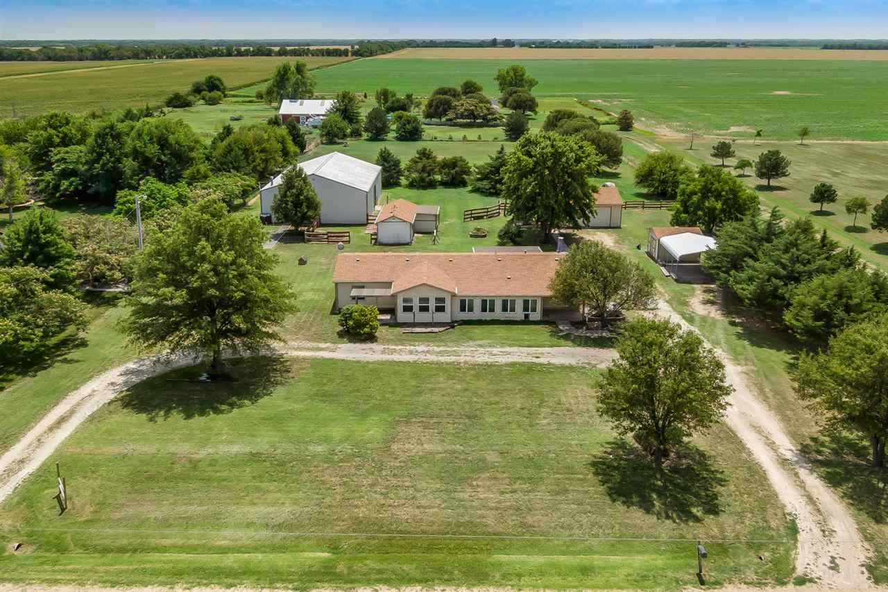 For Sale: 833 E 140TH AVE N, Peck KS