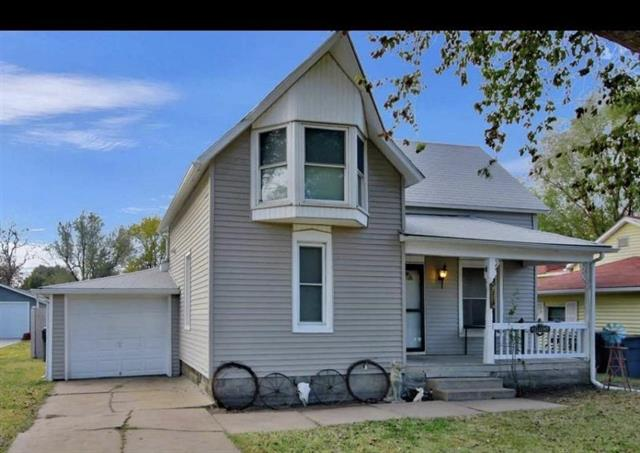 For Sale: 427 E 11th St, Newton KS