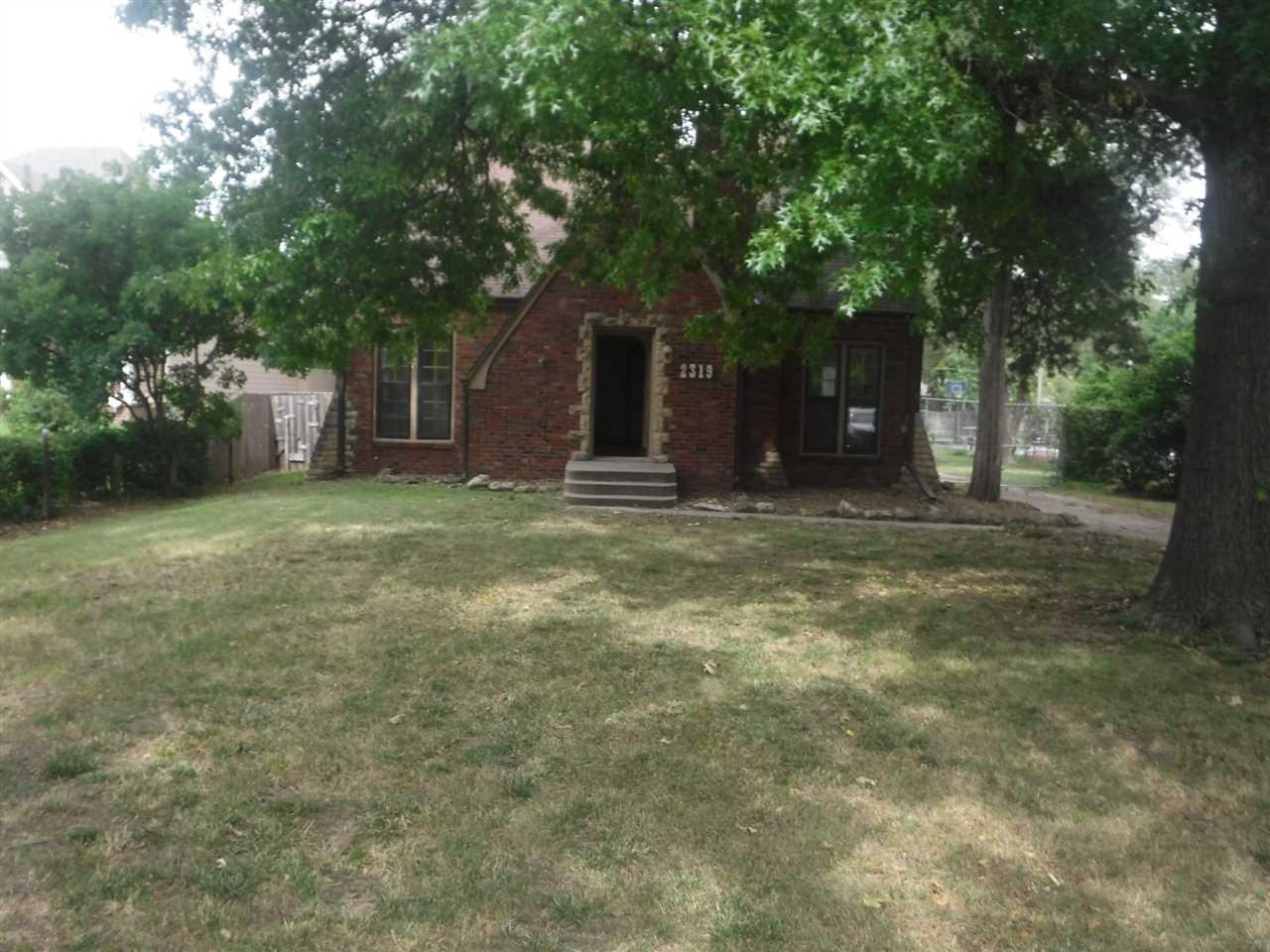 2319 S Hillside St, Wichita, KS, 67211