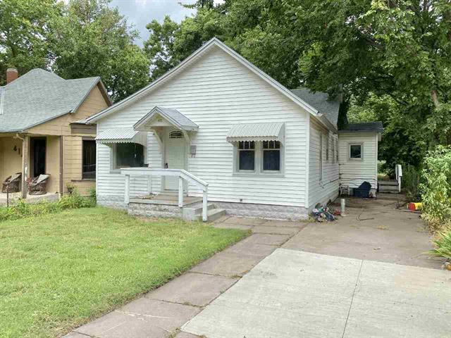 For Sale: 412 W 3rd St, Newton KS