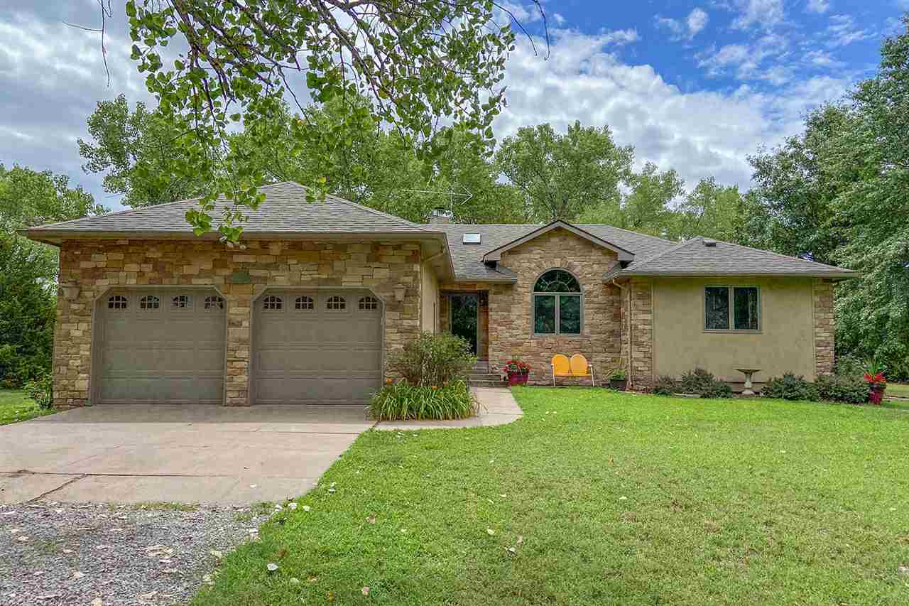 Property offered at ONLINE ONLY auction. BIDDING OPENS: Thursday, August 6th, 2020 at 2:00 PM (cst)