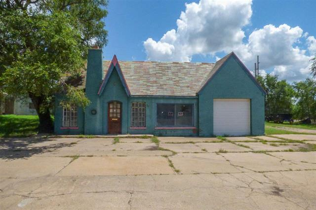 For Sale: 509 S WASHINGTON AVE, Wellington KS